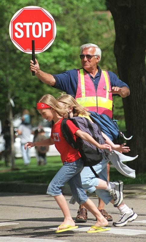 CITY HIRING SCHOOL CROSSING GUARDS