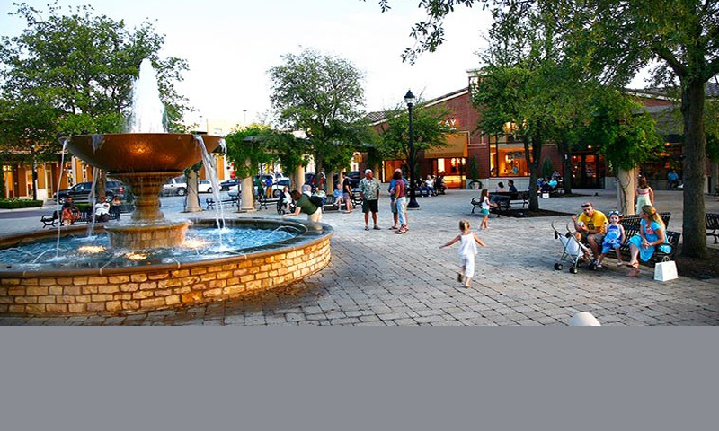 Southlake Fall Fashion Night Thursday, September 22nd, 6pm-8pm Southlake Town Square