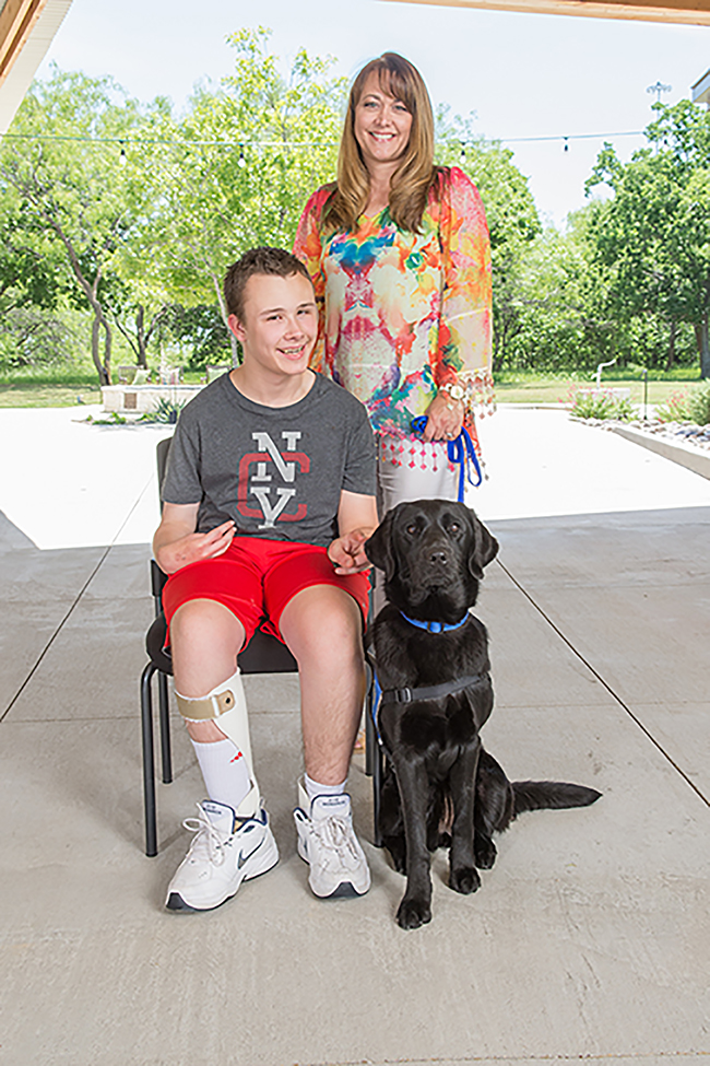 Colleyville Welcomes New Assistance Dog Enhancing the Life of a Local Teen