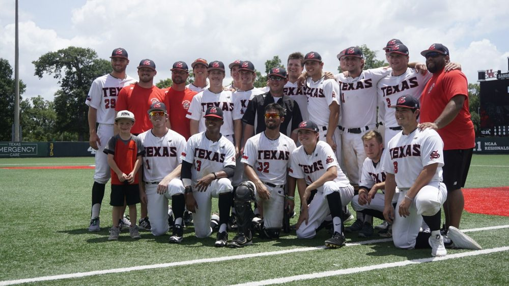 GRAPEVINE-AREA BASEBALL TEAM EARNS BERTH TO CONNIE MACK WORLD SERIES